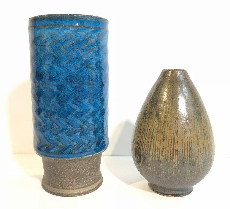 Five modern ceramic items - 3
