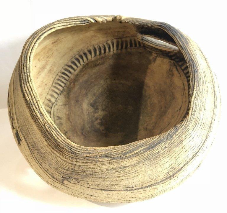 Modern ceramic bowl by Susan Eisen