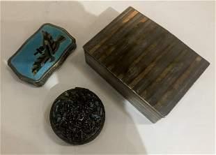 Three silver boxes, 11 t. oz