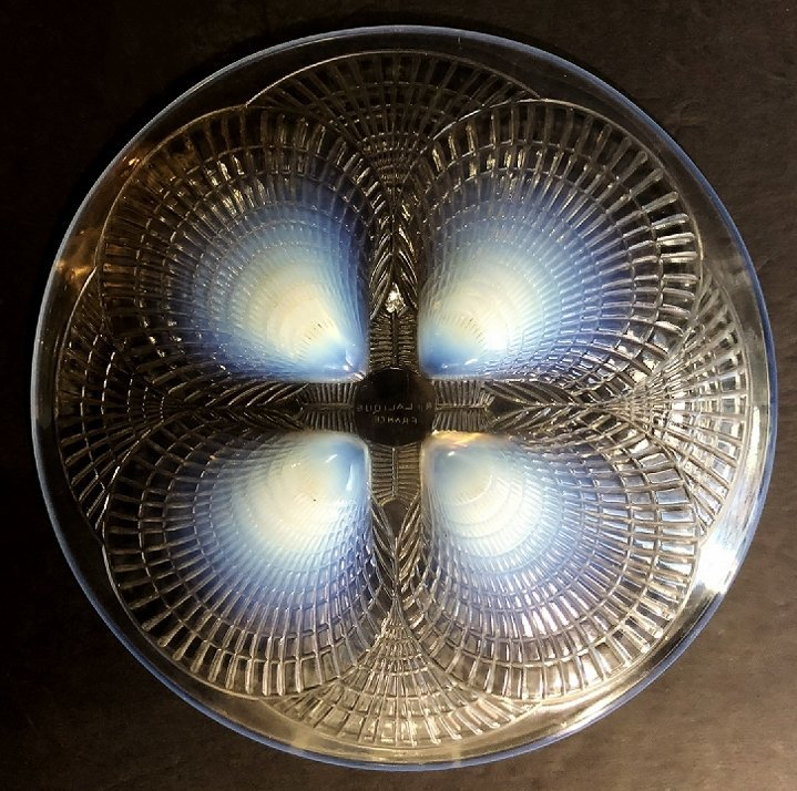 """R.Lalique opalescent """"Coquilles"""" plate, c.1930 - 3"""