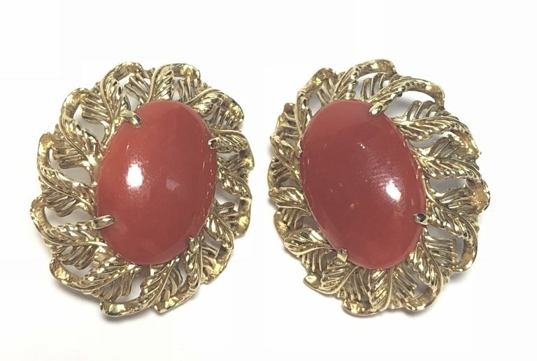 14k ox-blood coral earrings, circa 1965, 8.1 dwts - 3