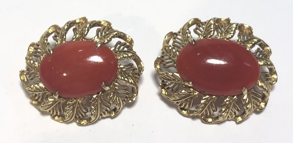 14k ox-blood coral earrings, circa 1965, 8.1 dwts - 4