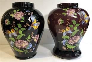 Two similar glass vasestransfer flower decoration