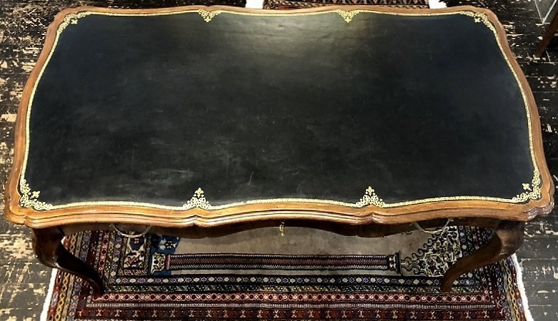 Louis XV style wood writing table, leather top, c.1950 - 3