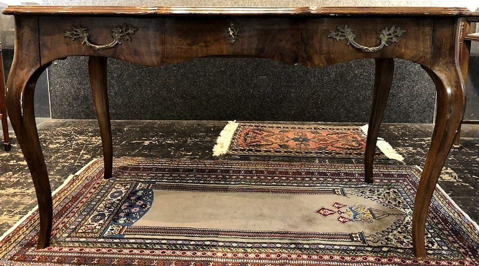 Louis XV style wood writing table, leather top, c.1950 - 4