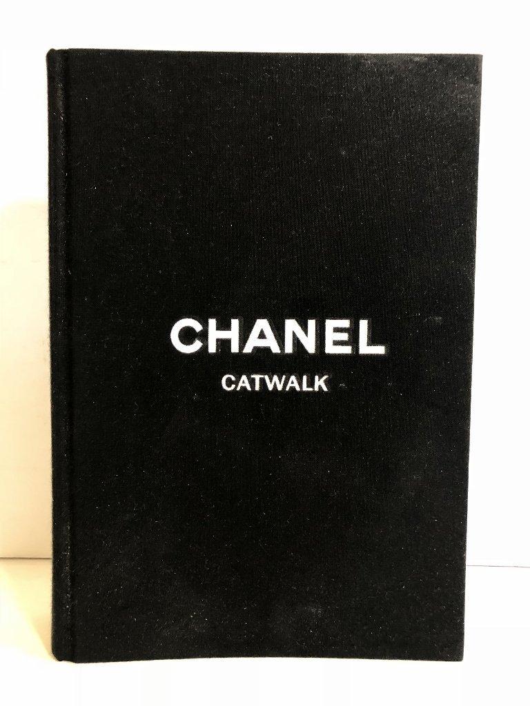 Chanel book: Langerfield