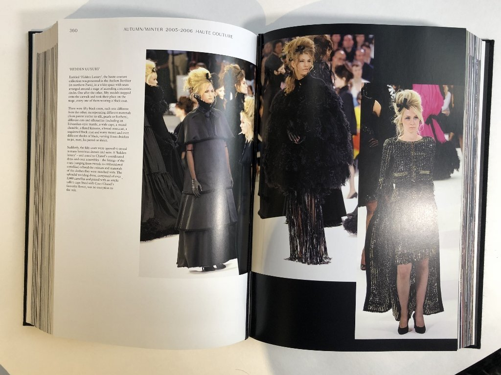 Chanel book: Langerfield - 8