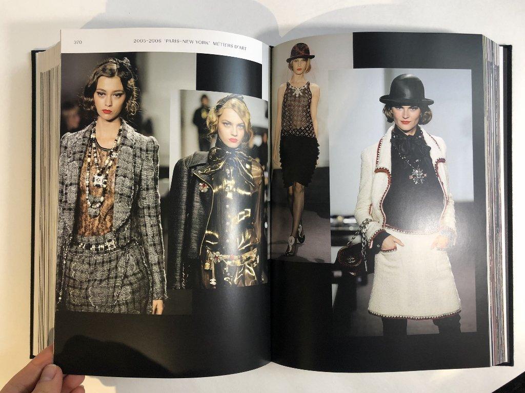 Chanel book: Langerfield - 9