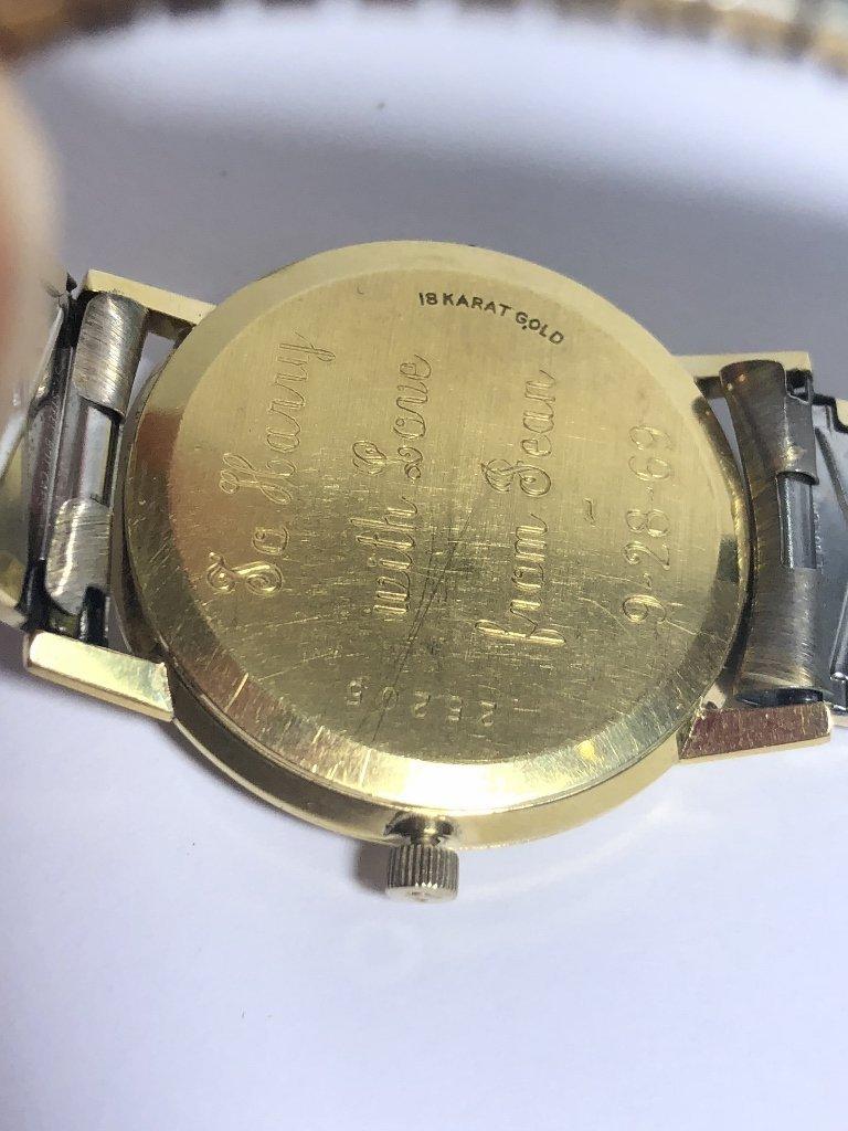 18k Universal Geneve automatic man's wristwatch,1969 - 4
