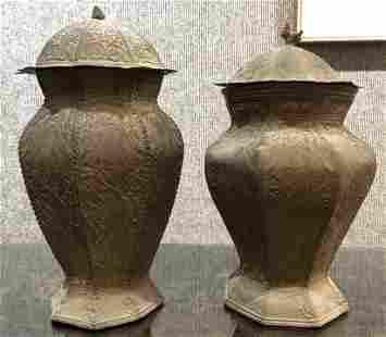 Pair of decorative bronze vasesc1900