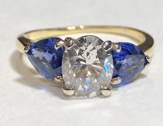 One 2 carat diamond & sapphire ring,GIA report