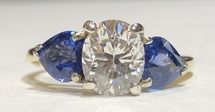 One 2.06 carat diamond & sapphire ring,GIA report - 2