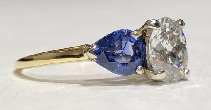 One 2.06 carat diamond & sapphire ring,GIA report - 5