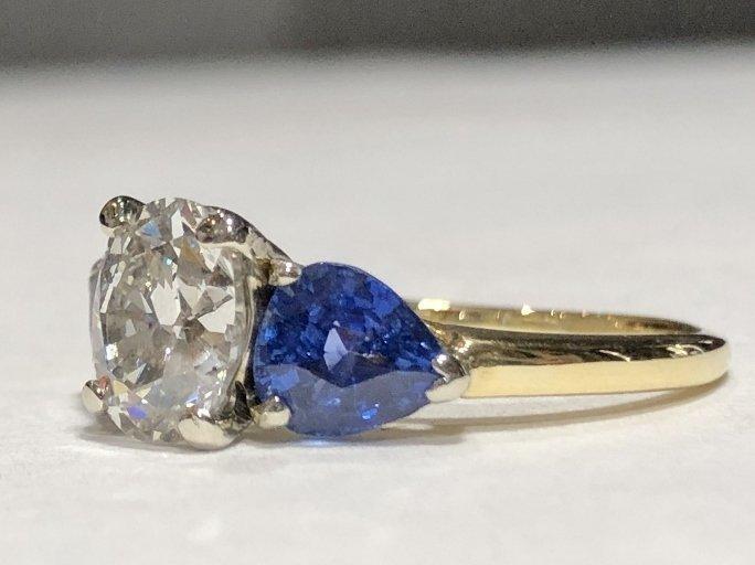 One 2.06 carat diamond & sapphire ring,GIA report - 6