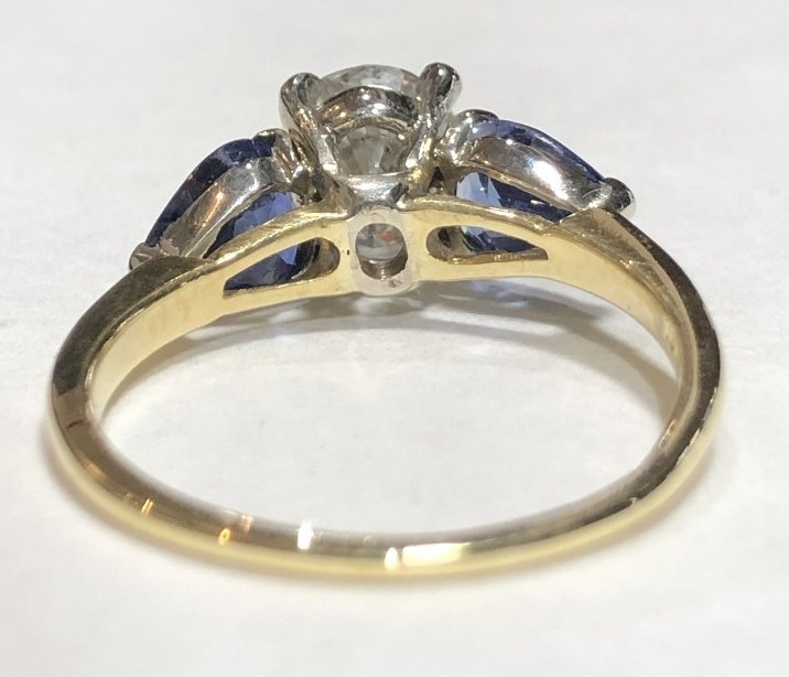 One 2.06 carat diamond & sapphire ring,GIA report - 8