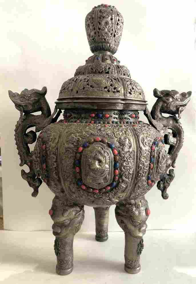 Mongolian covered ding form vessel with stones
