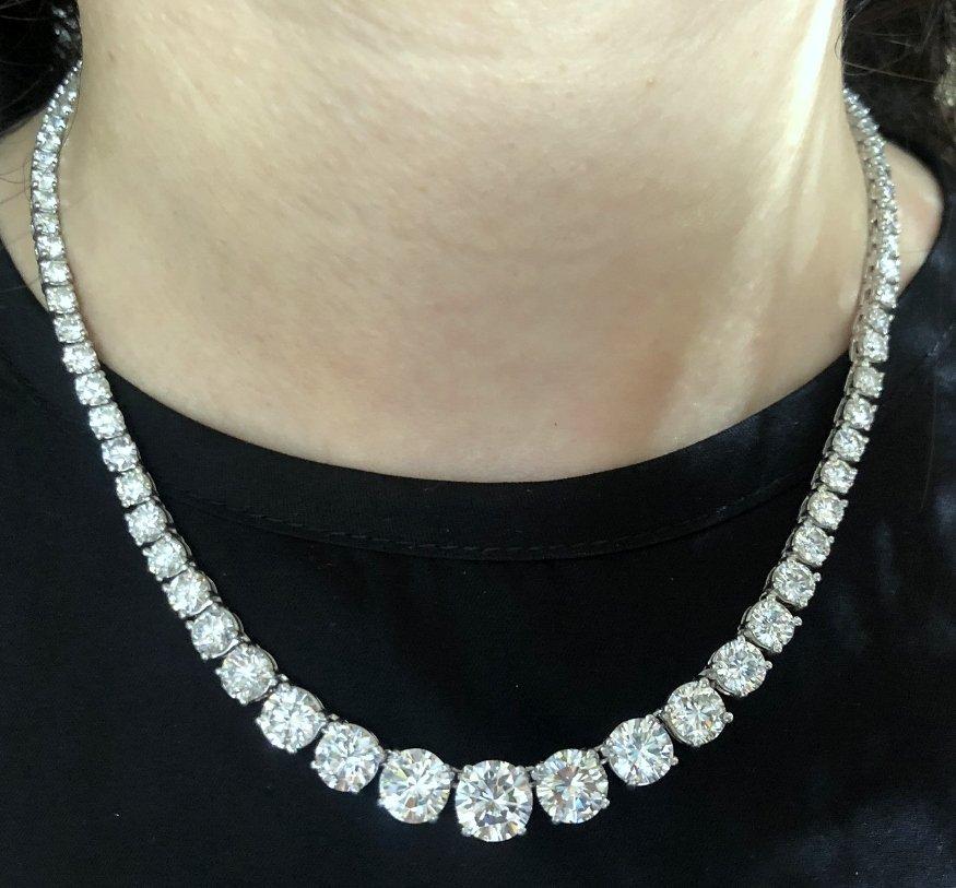 Columbia Pictures Chairman diamond necklace