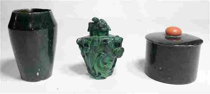 2 pieces of Chinese jade and a malachite snuff bottle