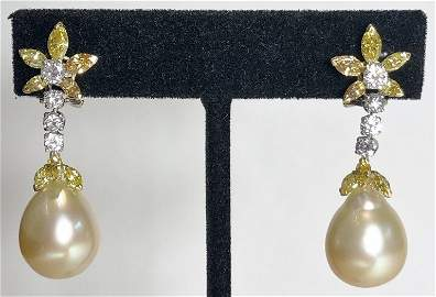 18k diamond and golden pearl earrings by Trio
