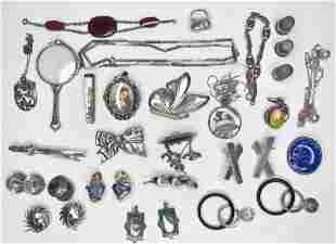 24 pieces of silver jewelry, 5.68 ozt