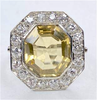 Platinum diamond and citrine ring,c.1950, 5.05dwts