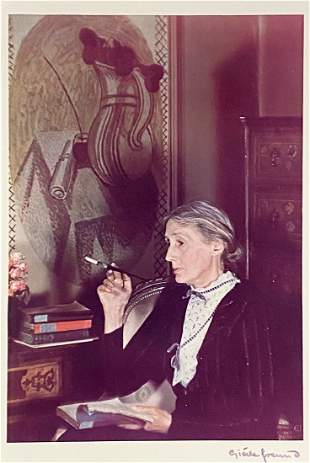 Photo of Virginia Woolf by Gisele Freund, c1939