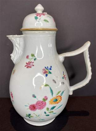 Chinese export porcelain covered creamer