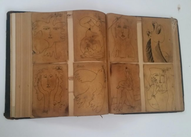 Picasso Drawings Lot 8 pieces Spanish (1881- 1973)