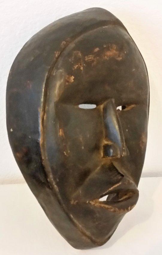 African Mask Wood Hand Carved Vintage Antique Sculpture - 2