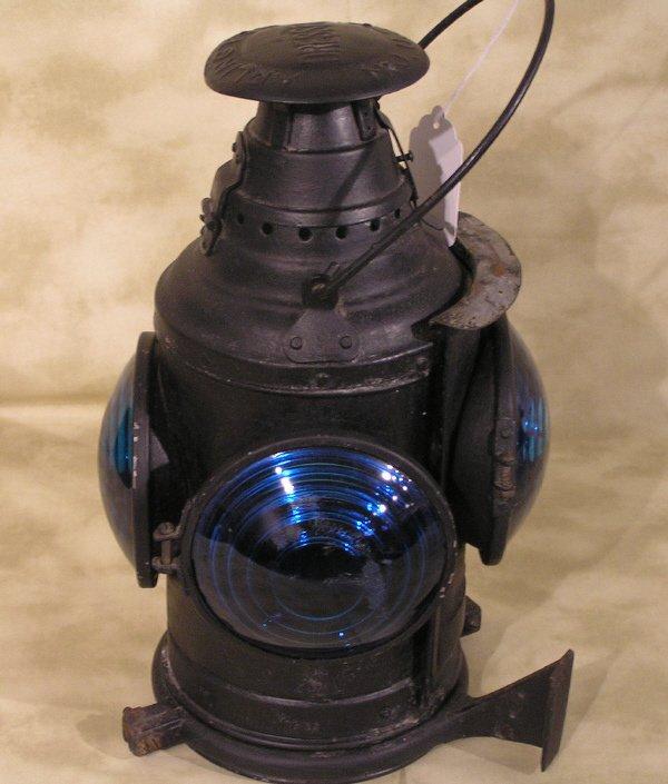 27: Missouri Pacific Railroad Lantern Dressel