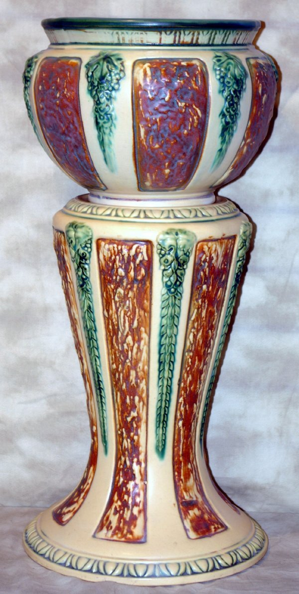 1017: Large Weller? Art Pottery Jardiniere
