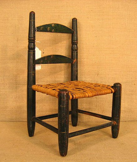 917: 19th century doll chairs. Polychrome paint. - 2