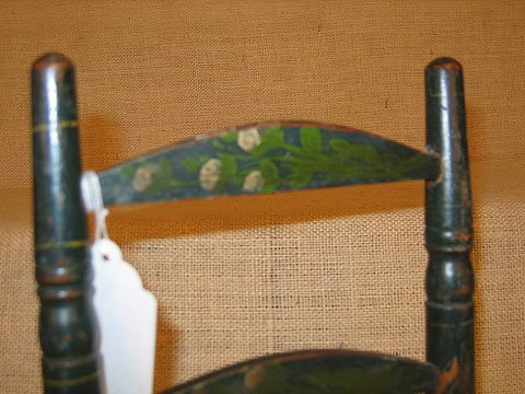 917: 19th century doll chairs. Polychrome paint. - 4