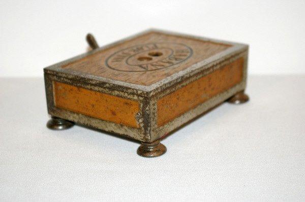 809: Habana Flor-Fina Box Shaped Cigar Cutter - 4