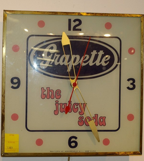 11: Vintage Grapette Soda Advertising PAM Clock  - 2