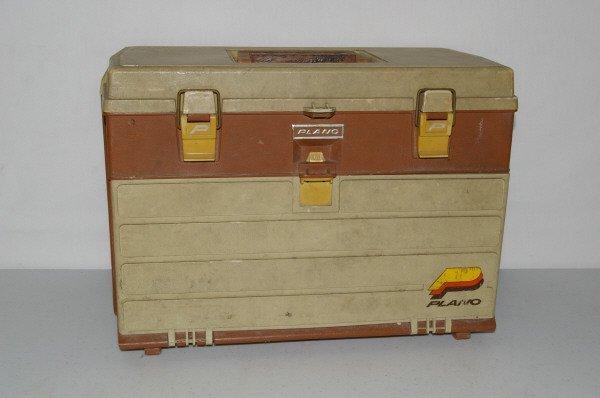 519: Tackle Box & Fishing Lures