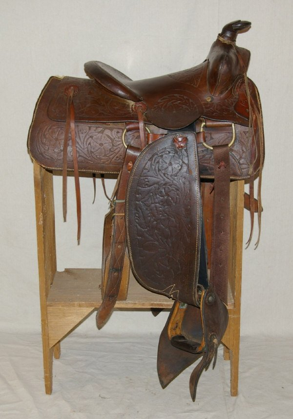 48: Authentic King Ranch Western Saddle