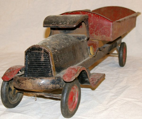 75: Turner Toys Pressed Steel Toy Dump Truck - 2