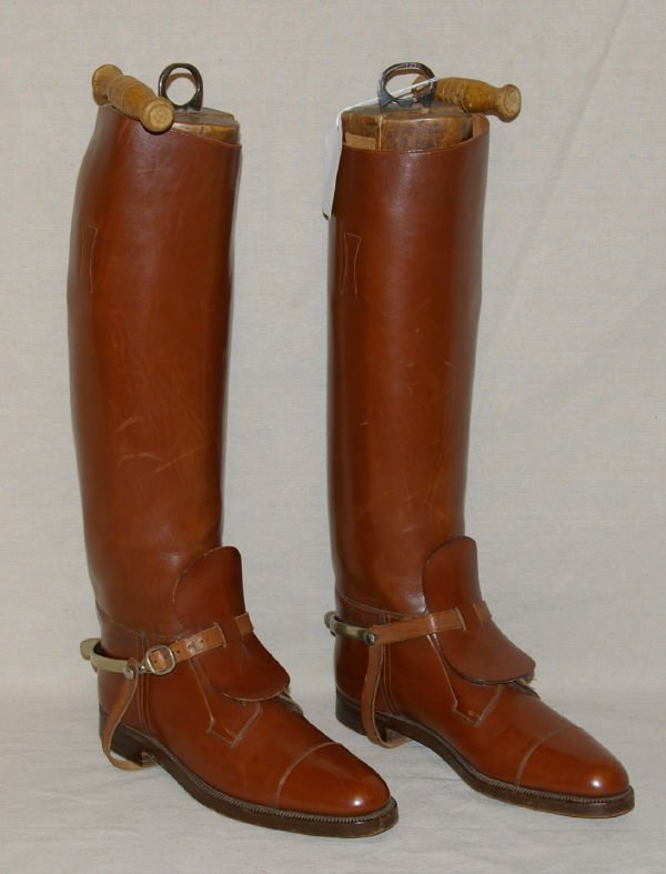1417: Vintage English Riding Boots & Spurs Manfield - 2