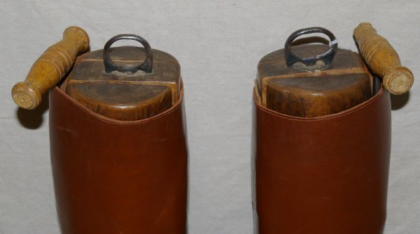 1417: Vintage English Riding Boots & Spurs Manfield - 6