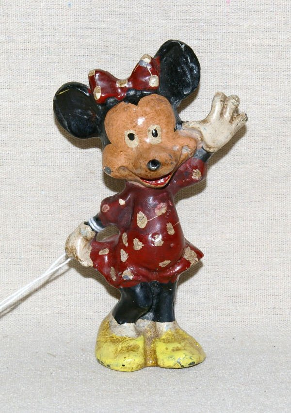 1509: Vinage Cast Iron Minnie Mouse Toy Figurine