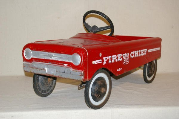 1500: Fire Chief Pressed Steel Pedal Car