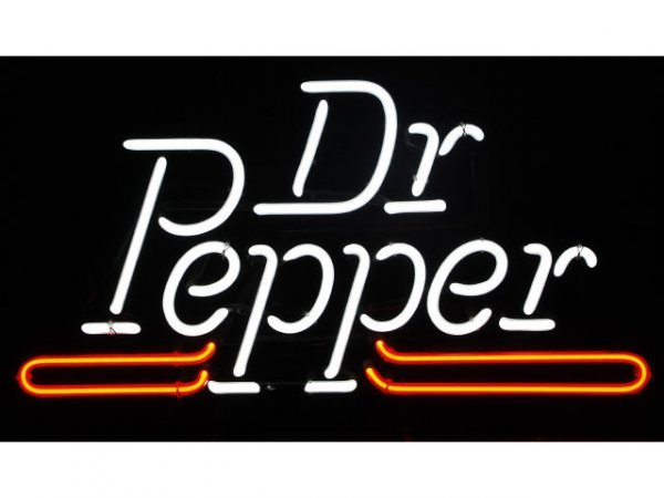 20A: Dr Pepper Neon Sign in Box