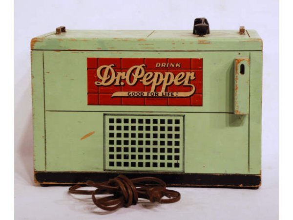 53: Vintage Dr Pepper Wood Advertising Radio