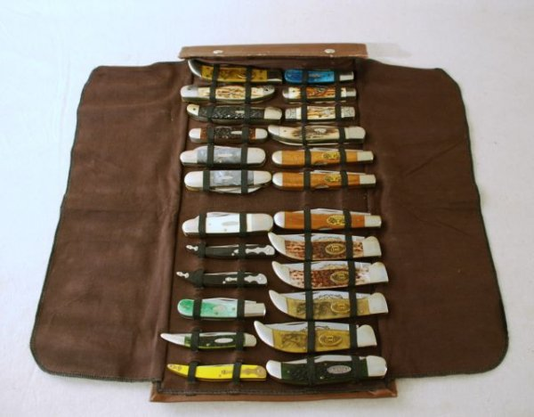515: Collection Of 24 KA-Bar Knives in Roll Case