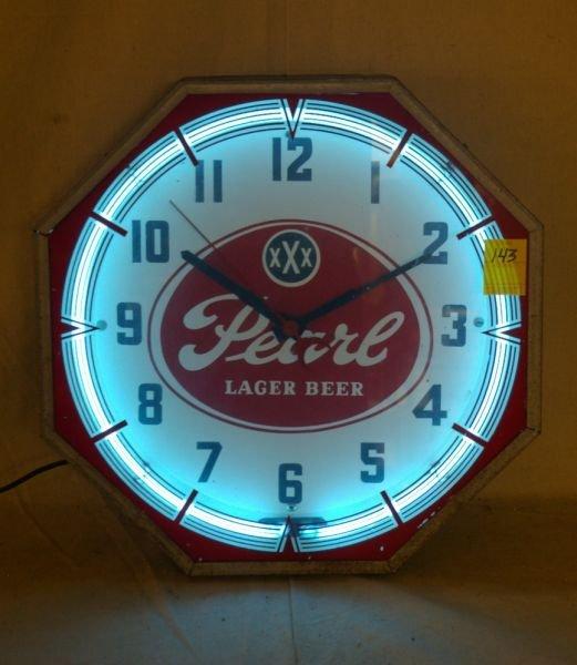 17: Vintage Pearl Beer Neon Clock