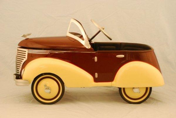 72: 1937 Garton Ford Pedal Car - 2