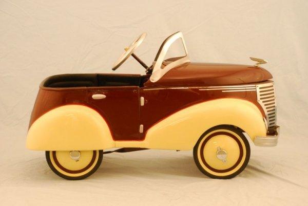 72: 1937 Garton Ford Pedal Car - 5