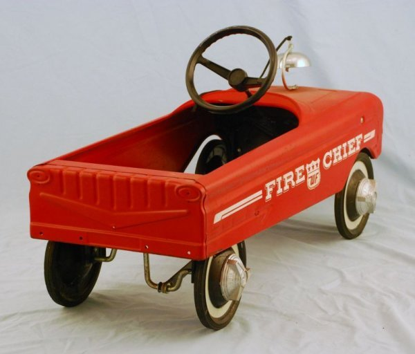 591: AMF Fire Fighter Truck #505 Pedal Car 1960s - 4