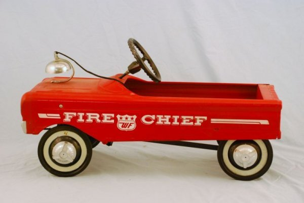 591: AMF Fire Fighter Truck #505 Pedal Car 1960s - 6